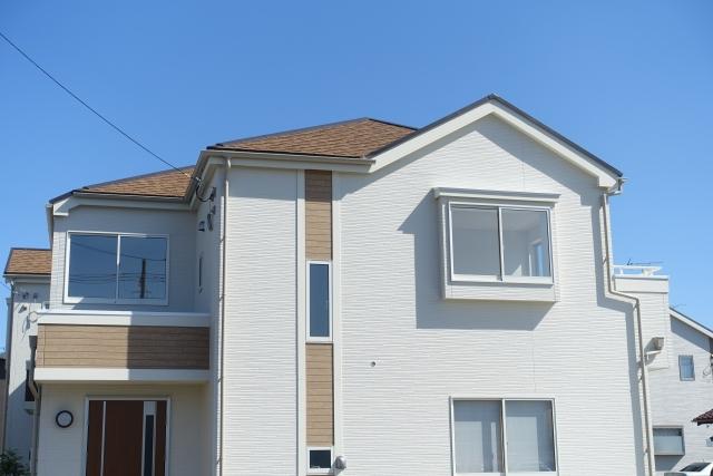 外壁塗装と屋根塗装を同時に依頼する2つのメリットとは?
