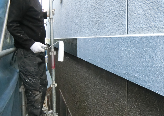 外壁塗装を行う際に知っておきたいメリット・デメリット