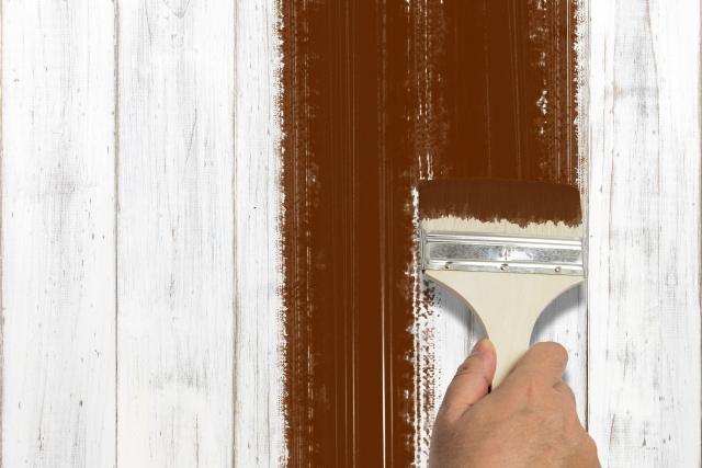 外壁塗装のアクリル塗料の特徴・平米単価と向いているケース