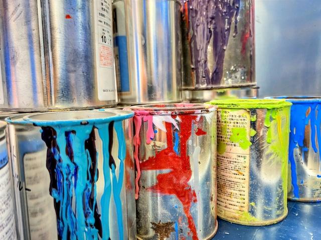 外壁塗装のラジカル塗料の特徴・平米単価とオススメの方